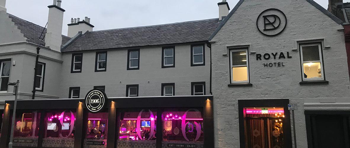 Welcome To 1906 Lounge Bar Royal