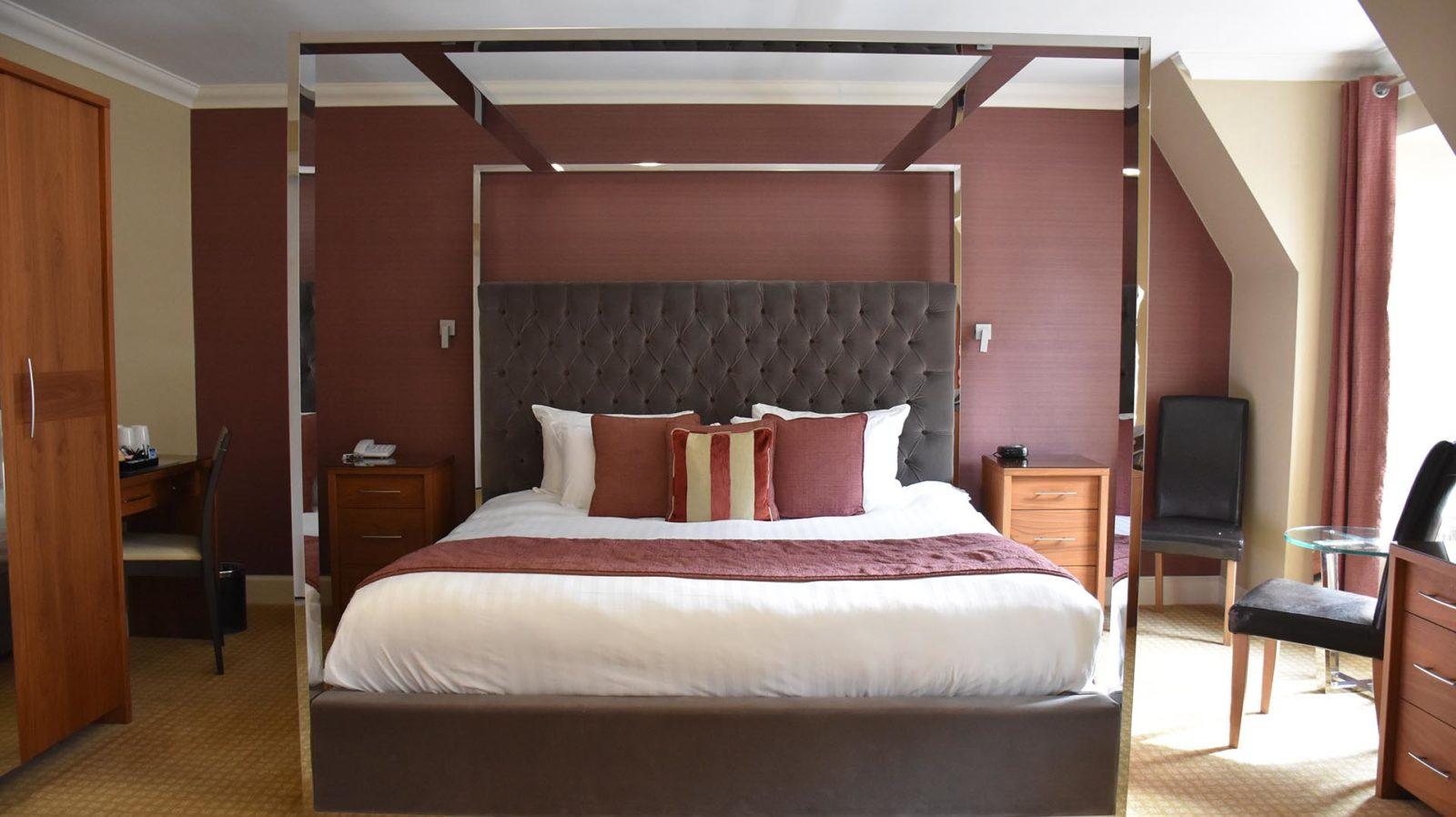 Royal Hotel Suite